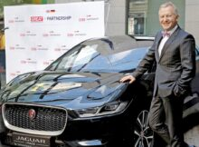 Jaguar-Land-Rover-sales-and-marketing-boss-leaves-amid-automakers-revamp